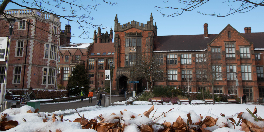 Armstrong_Building_in_Snow_Newcastle_University